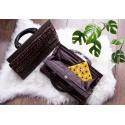 Bolso de mano para damas. Un bolso hecho a mano de bambú y madera. Elegante, ligero y compacto. 35 x 21 x 12cm